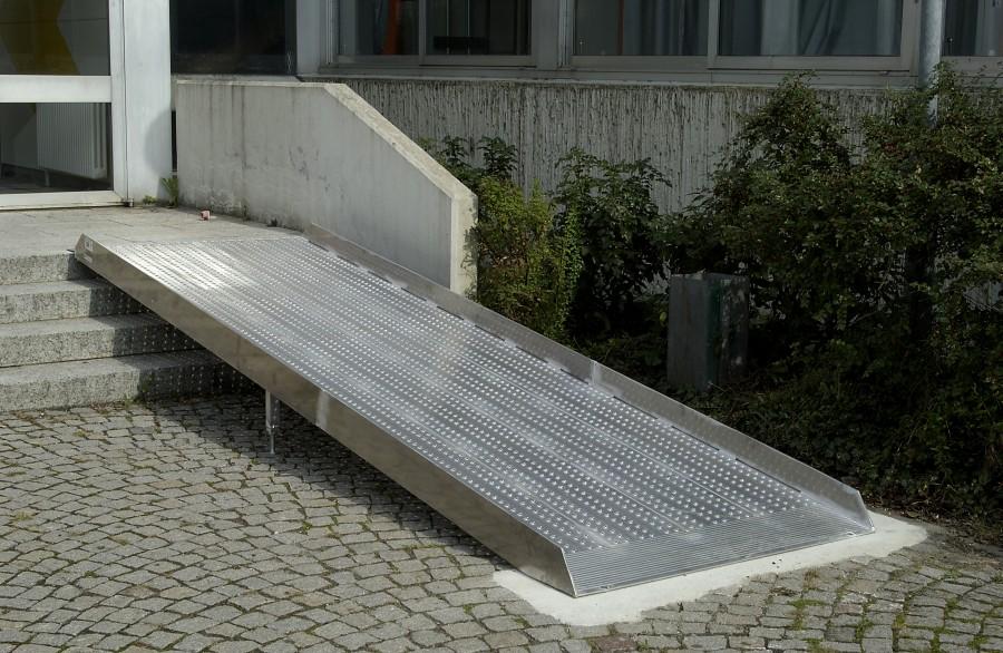 Barrierefreie k chen rampen haltesysteme vom meisterbetrieb - Sedie per portatori di handicap ...